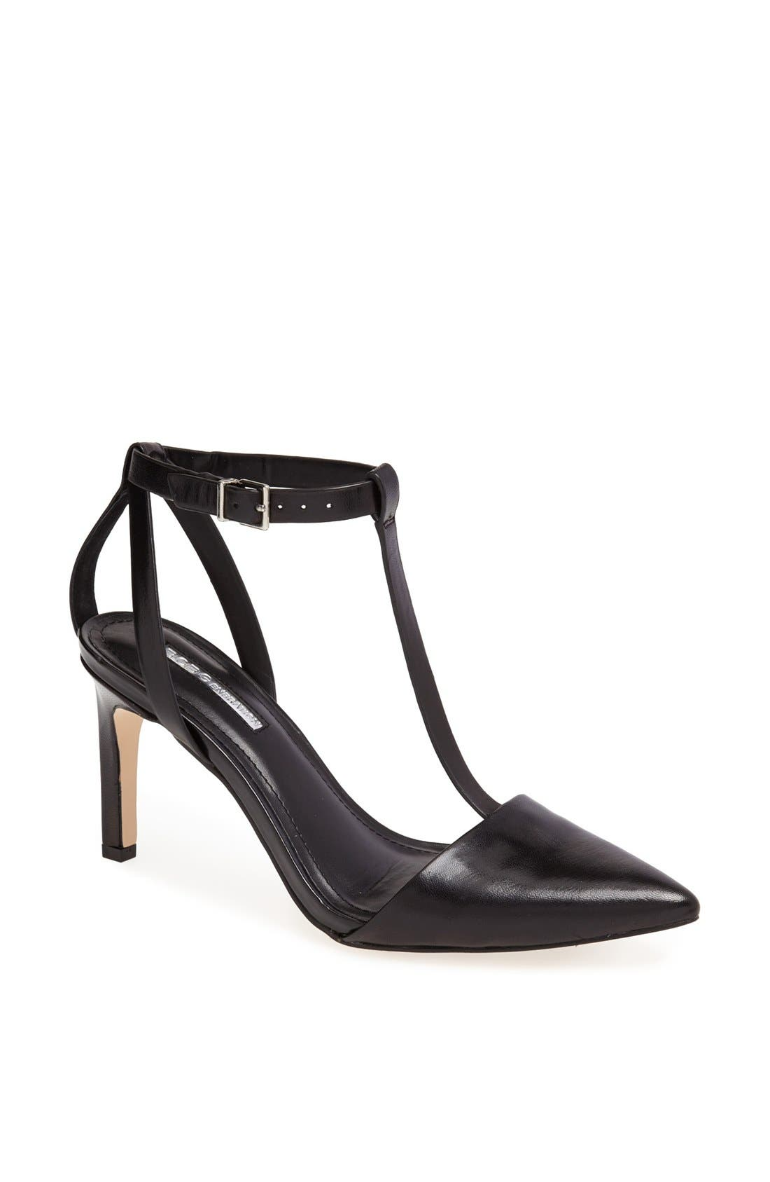 Alternate Image 1 Selected - BCBGeneration 'Zahara' Pump