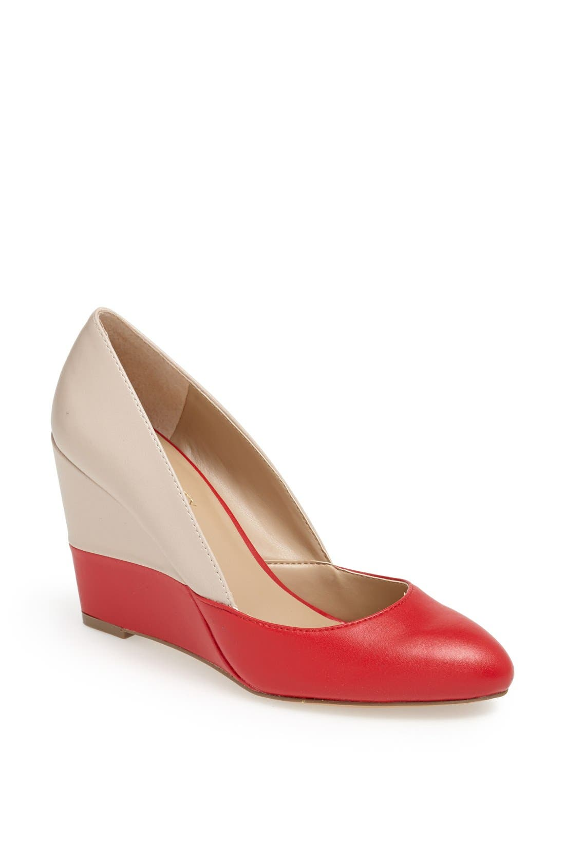Alternate Image 1 Selected - Sole Society 'Maile' Pump