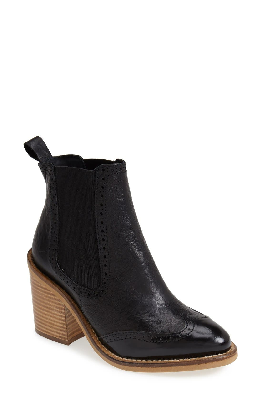 Main Image - Topshop 'Maine Brogue' Chelsea Ankle Bootie (Women)