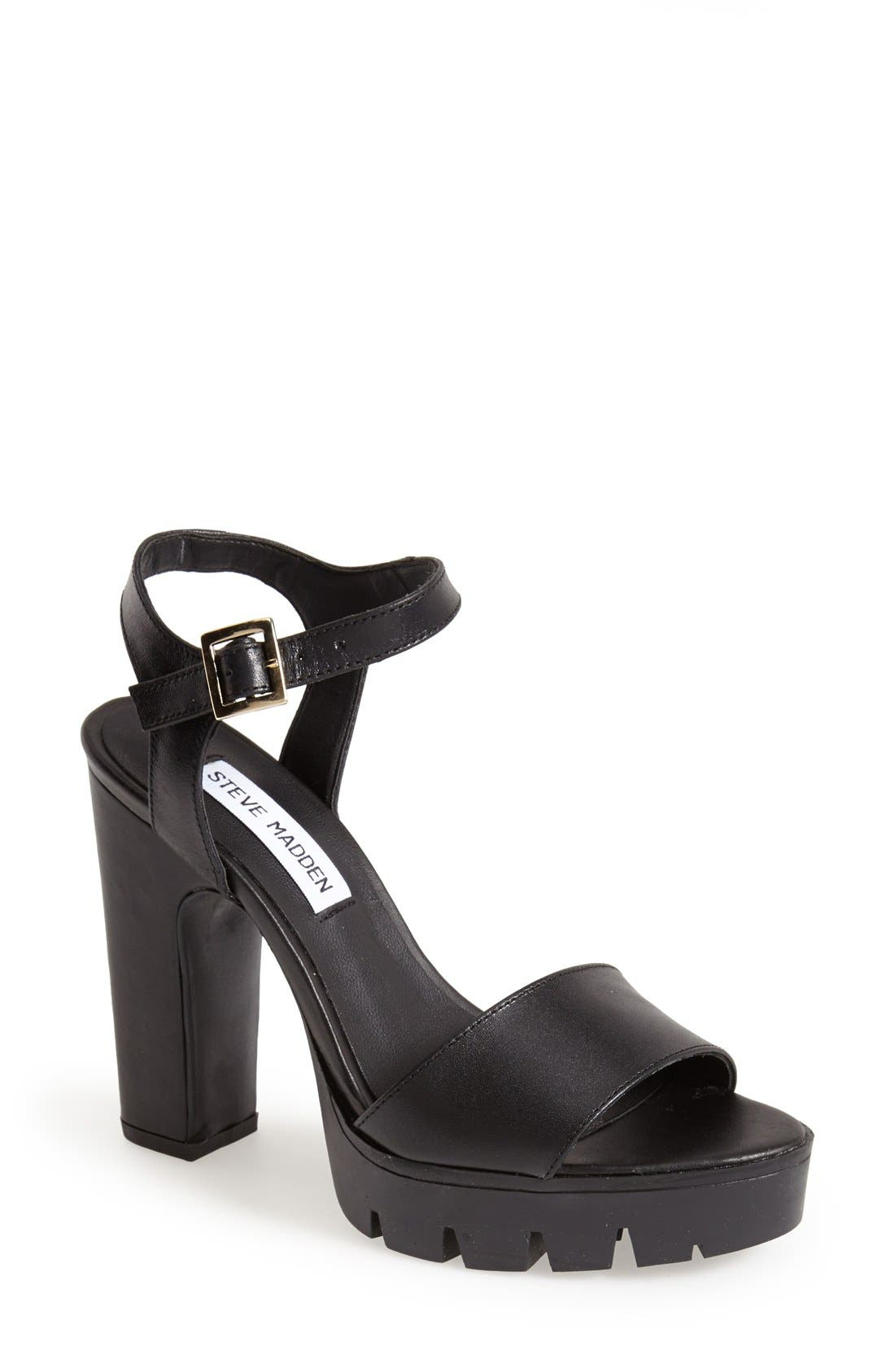 Alternate Image 1 Selected - Steve Madden 'Traiin' Platform Sandal (Women)