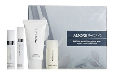 AMOREPACIFIC gift with purchase.