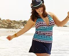 Women's plus-size summer wardrobe essentials.