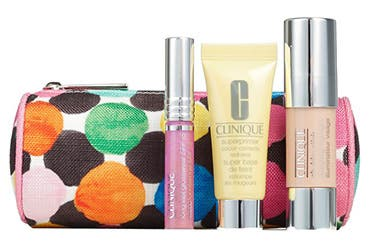 Receive a free 4-piece bonus gift with your $39.5 Clinique purchase