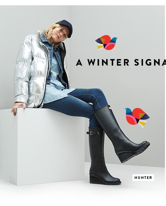 Hunter boots: a winter signature.