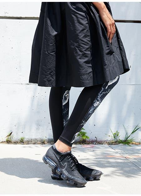 Nike VaporMax with layered leggings.