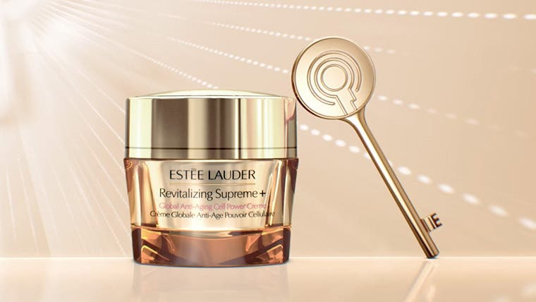Play video about Estée Lauder Revitalizing Supreme+ Global Anti-Aging Cell Power Creme.