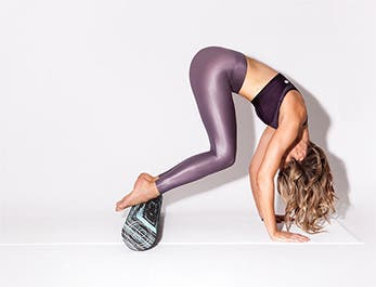 Foam rolling 101 with body whisperer Lauren Roxburgh