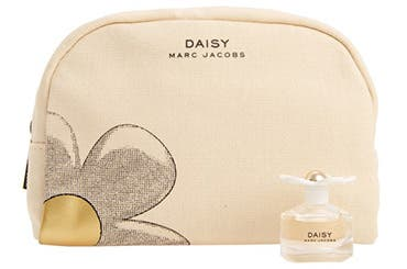 Marc Jacobs women's fragrance gift with purchase.