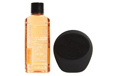 Peter Thomas Roth gift with purchase.