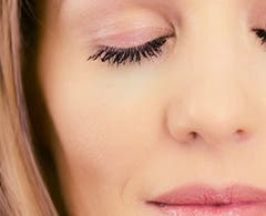 Play video about the Charlotte Tilbury Doll Lash.