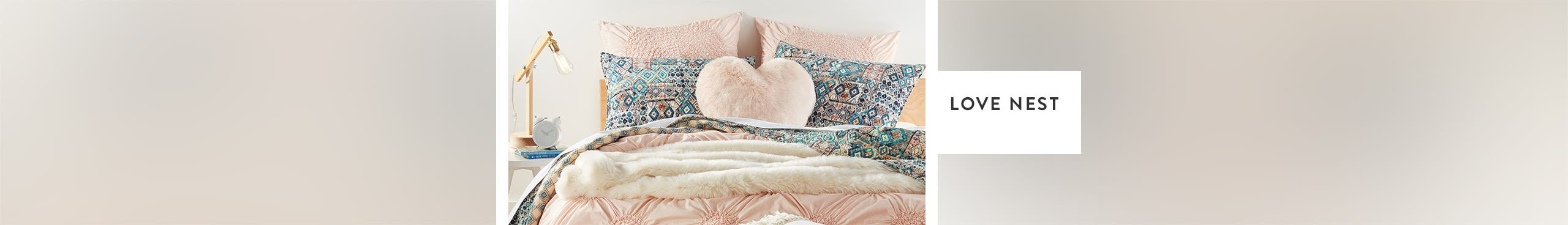 Love nest: sweet bedding sets.