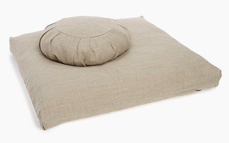 Ever Veritas Meditation Cushion Set