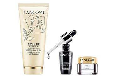Bonus Lancôme gift with purchase.