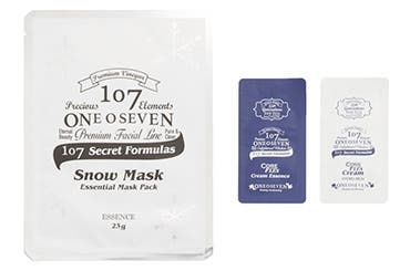 107 ONEOSEVEN gift with purchase.