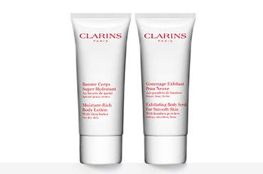 Bonus Clarins gift with purchase.