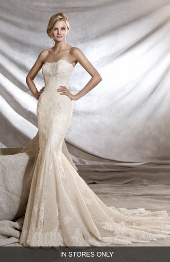 Pronovias Orinoco Strapless Tulle & Lace Mermaid Gown