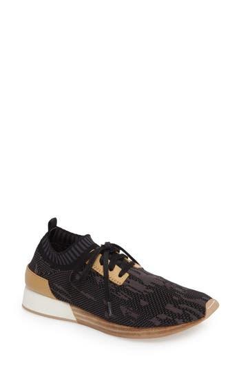 Women's M4D3 Terry Knit Sneaker