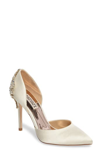 Badgley Mischka Karma Embellished Pump- Ivory