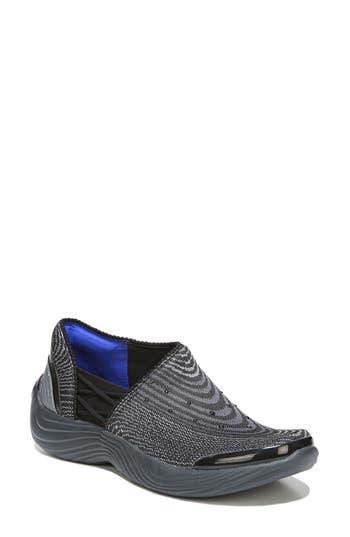 Bzees Tiger Slip-On Sneaker, Black