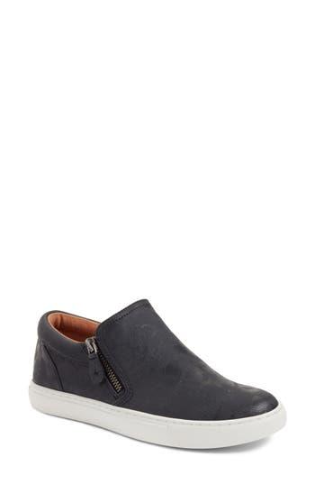 Gentle Souls Lowe Sneaker, Black