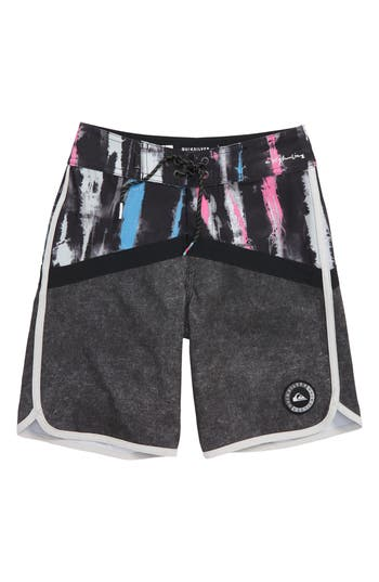 Boys Quiksilver Highline Fortune Board Shorts Size 22  Grey