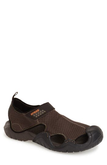 Crocs(TM)