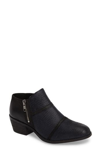 Charles By Charles David Farren Low Textured Bootie, Black