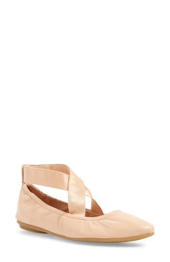 Womens Taryn Rose Edina Ballet Flat Size 5.5 M  Beige