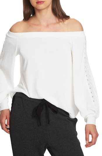 1.STATE LACE DETAIL OFF THE SHOULDER TOP