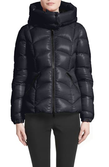Moncler Akebia Quilted Down Jacket, Blue