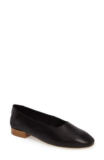 Jeffrey Campbell Jordan Pump- Black