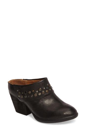 Sofft Gila Studded Mule, Black