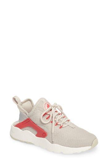 Nike Air Huarache Sneaker, Beige