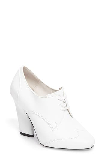 Jeffrey Campbell Whitley Oxford Pump, White