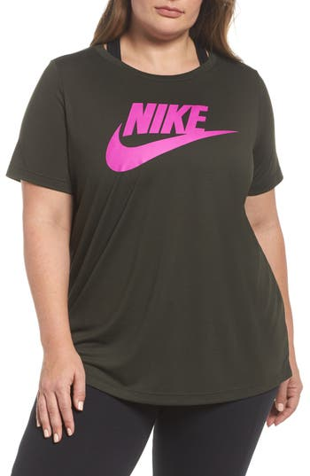 Plus Size Nike Essential Tee, Green