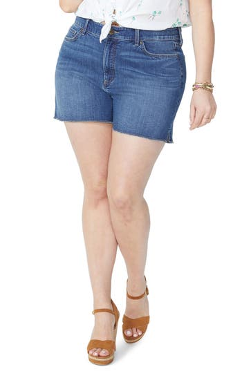 Side Slit Fray Hem Denim Shorts
