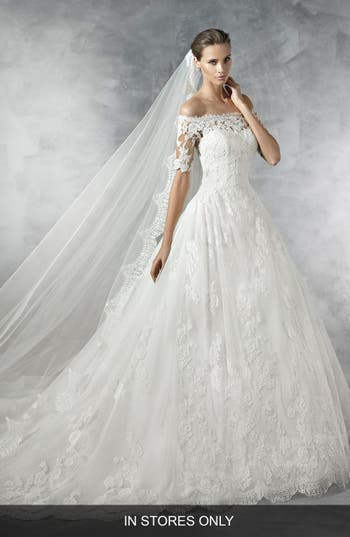 Pronovias Pleasant Off The Shoulder Tulle & Lace Ballgown