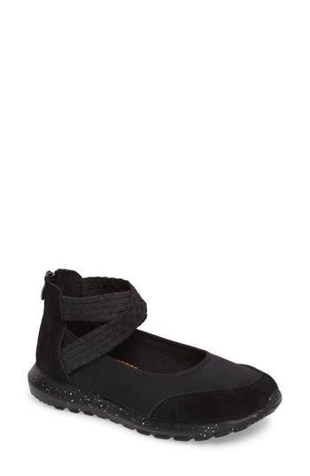 Bernie Mev Runner Flow Sneaker, Black