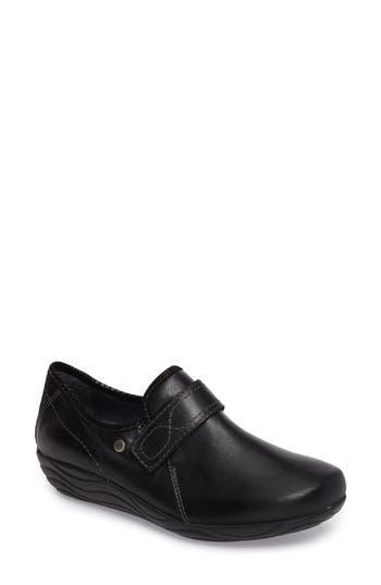 Wolky Desna Slip-On Sneaker - Black