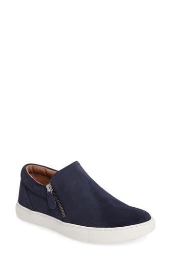 Gentle Souls Lowe Sneaker, Blue