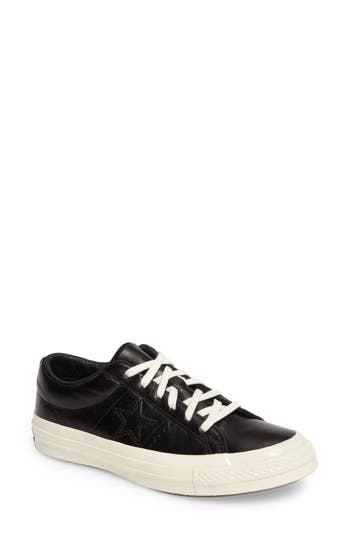 Converse Chuck Taylor All Star One Star Low-Top Sneaker, Black