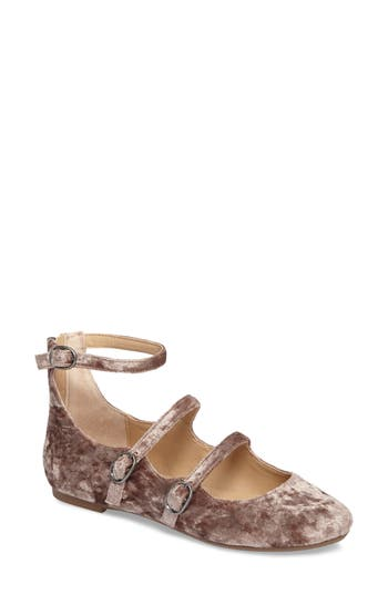 Very Volatile Lumina Strappy Velvet Flat, Brown