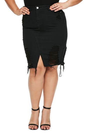 Plus Size Missguided Distressed Denim Skirt, Black