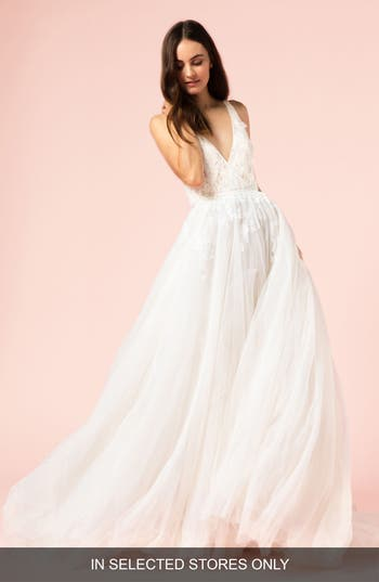Bliss Monique Lhuillier V-Neck Ballgown, Size IN STORE ONLY - White