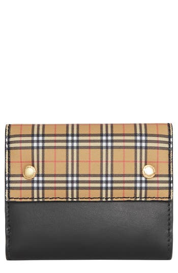 Burberry Luna Vintage Check French Wallet