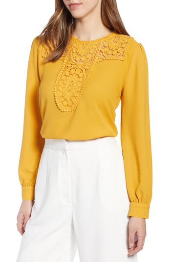 Halogen® Lace & Crepe Blouse