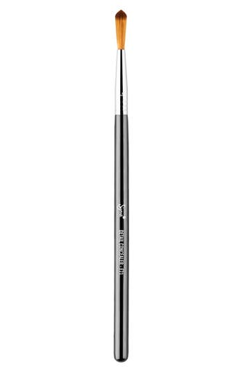 Sigma Beauty F71 Detail Concealer™ Brush