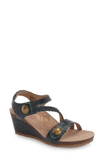 Women's Aetrex 'Naya' Wedge Sandal
