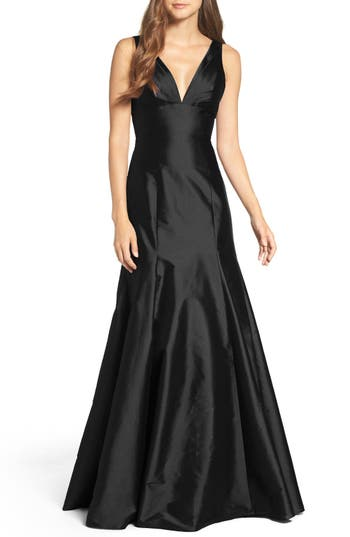 Monique Lhuillier Bridesmaids Deep V-Neck Taffeta Trumpet Gown