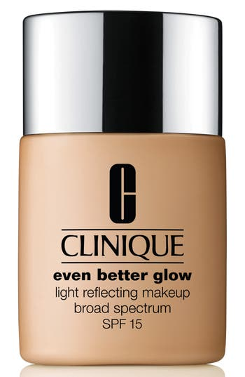 Clinique Even Better Glow Light Reflecting Makeup Broad Spectrum Spf 15 - Toasted Wheat